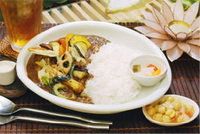 Thumbnail image for momocurry.jpg